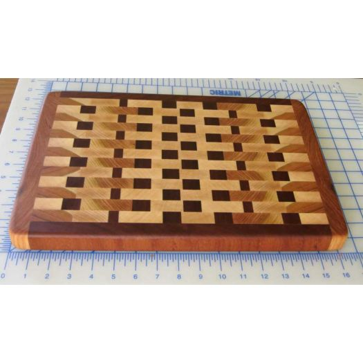 End grain cutting board 01b