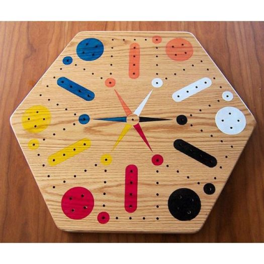 Oak Fast Track / Aggravation  Game With Pegs